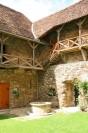 Burg Neuhaus Brunnen